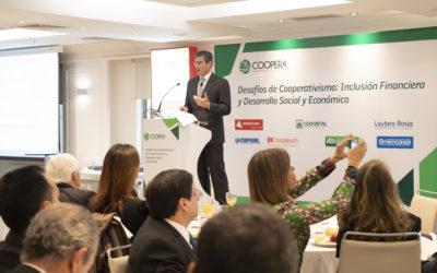"""El acceso a servicios financieros y su rol en el desarrollo social fue uno de los temas del seminario """"Desafíos del Cooperativismo: Inclusión Financiera y Desarrollo Social y Económico"""" organizado por COOPERA"""